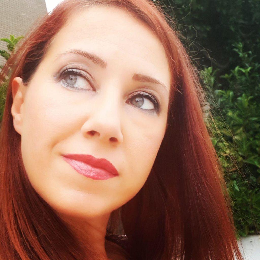 foto profilo Paola Coacci Psicologa Psicoterapeuta Pesaro Urbino